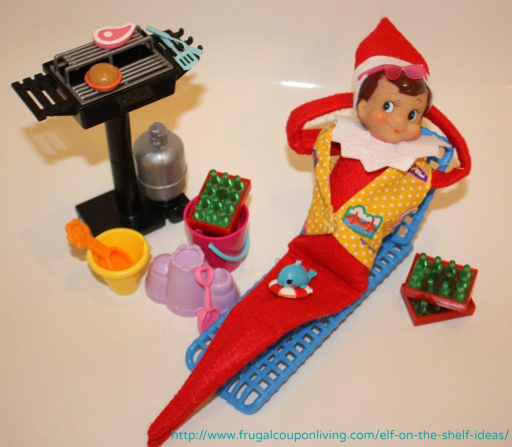 Elf on The Shelf Ideas – Elf Goes to the Beach