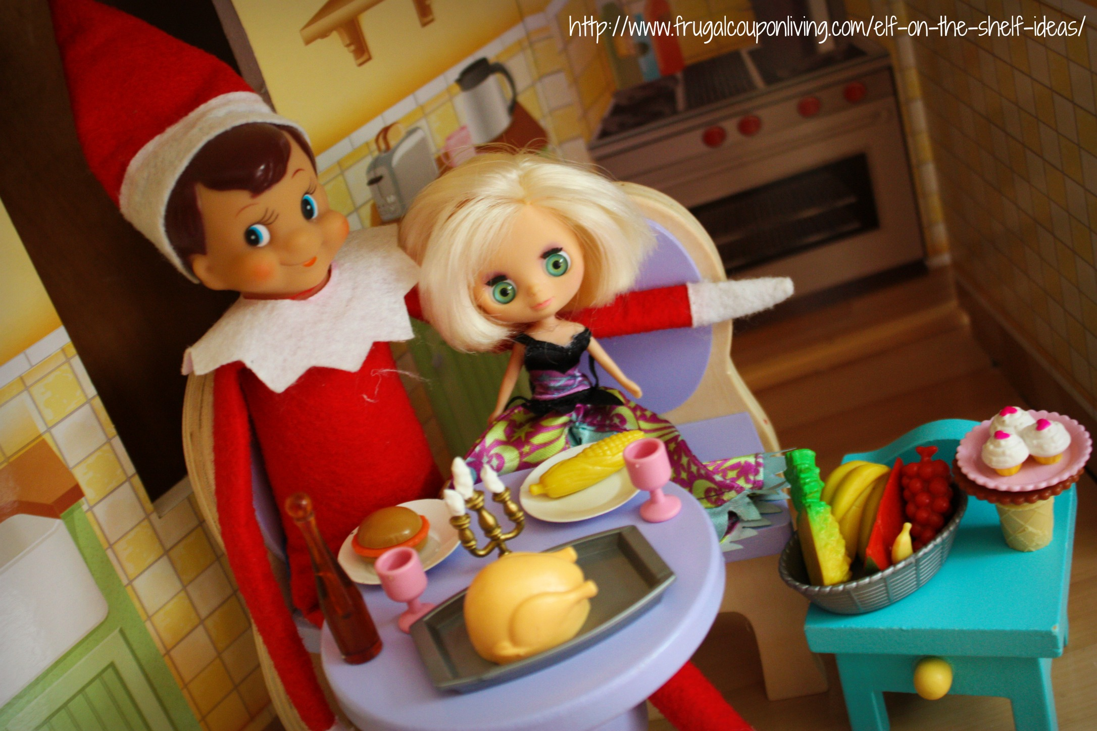 Elf on the shelf online dating picture