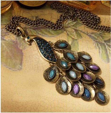 peacock-necklace