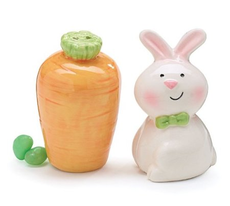 Aren't these cute?! Get Easter Bunny and Carrot Salt and Pepper Shakers ...