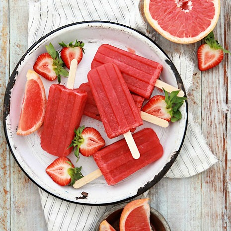 Grapefruit-and-Strawberry-popsicle-smaller