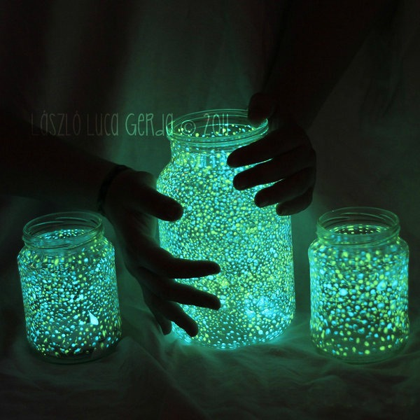 glow-in-the-dark-jars-smaller
