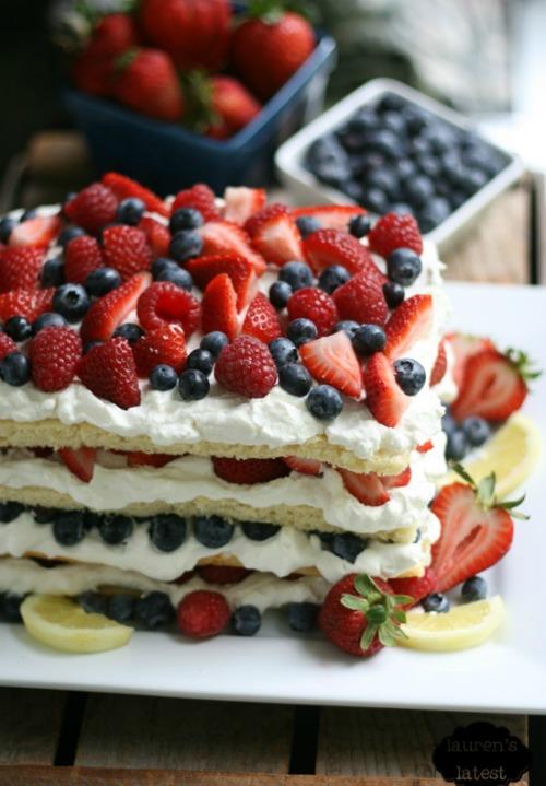 lemon-cake-tripple-berry-smaller