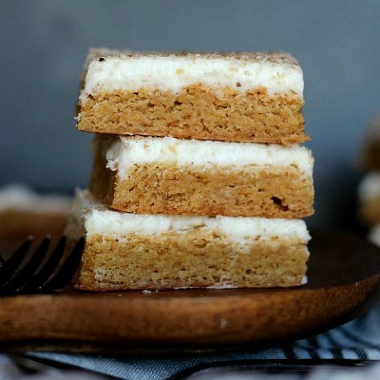 cinnamonrollcookiebars-smaller