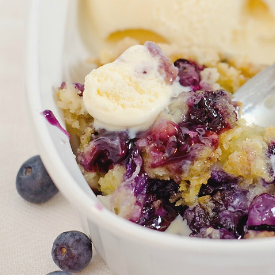 dump-cake-recipe-blueberry-smaller