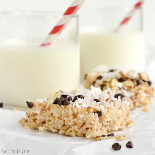 coconut-almond-rice-krispies-square