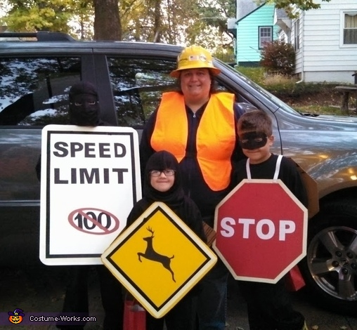 road_signs-costume