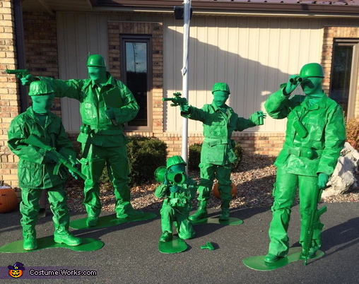 toy_soldiers_family