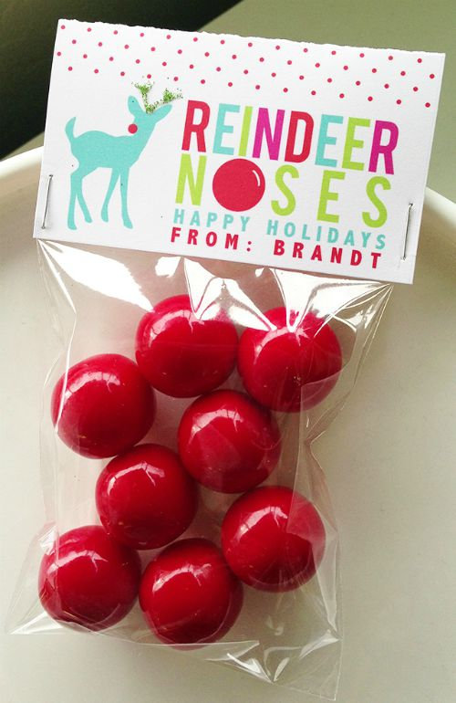 Gumball-Treats-reindeer-bag-topper-smaller