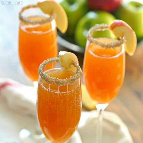 apple-cider-mimosa-square