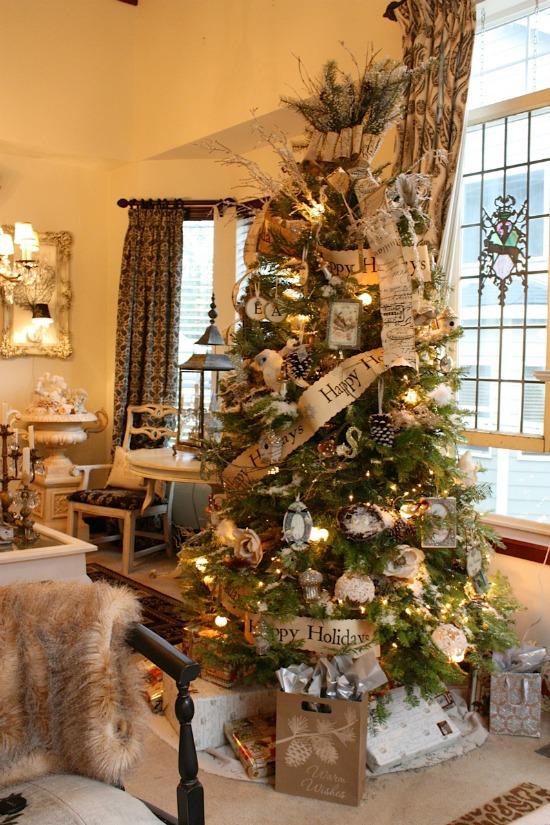 happy-holidays-tree-smaller