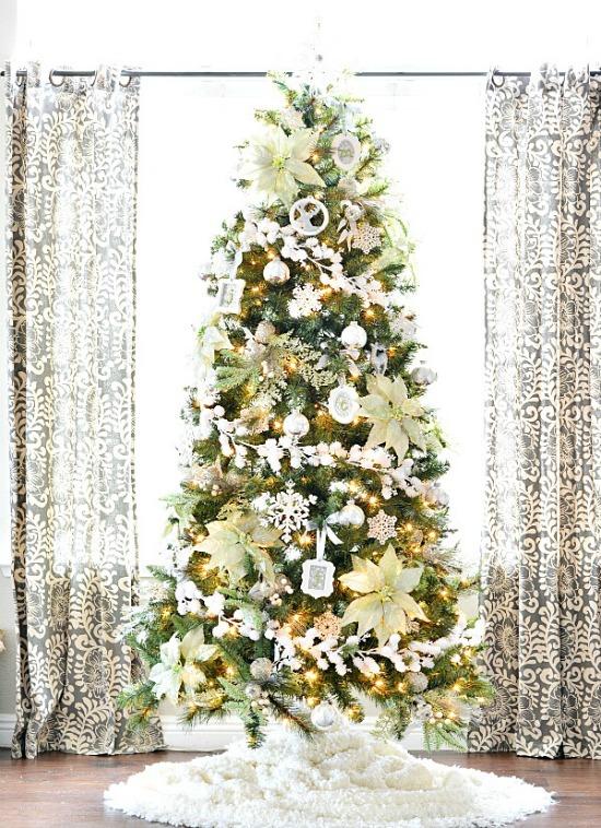 winter-wonderland-poinsetta-tree-smaller