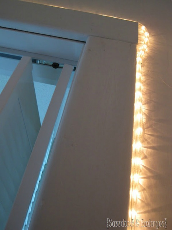 Rope-light-on-inside-of-closet-doorway-Sawdust-and-Embryos_thumb-600