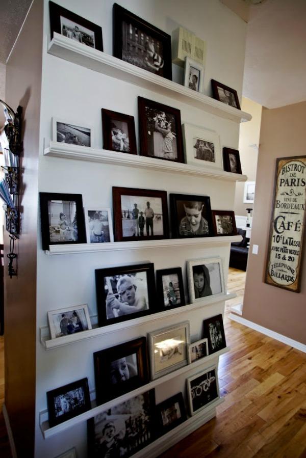 black-white-shelf-wall-600