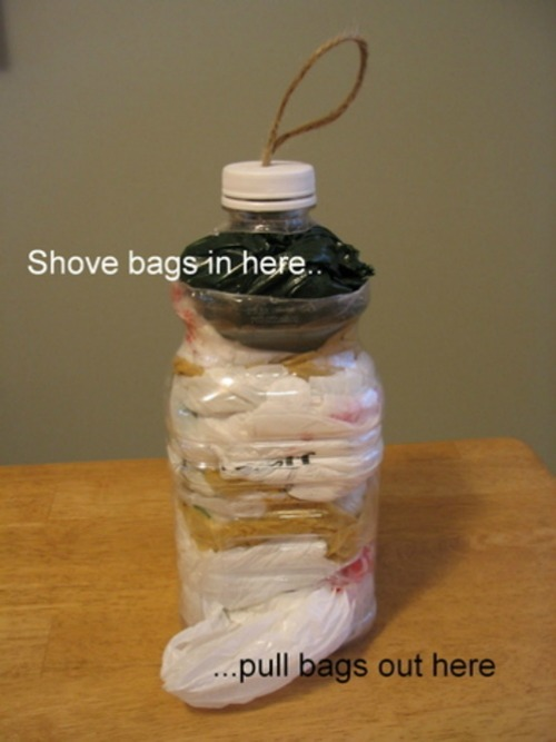 plastic-bag-keeper