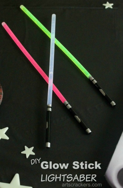 Glow-Stick-Lightsaber-Craft-700x1070