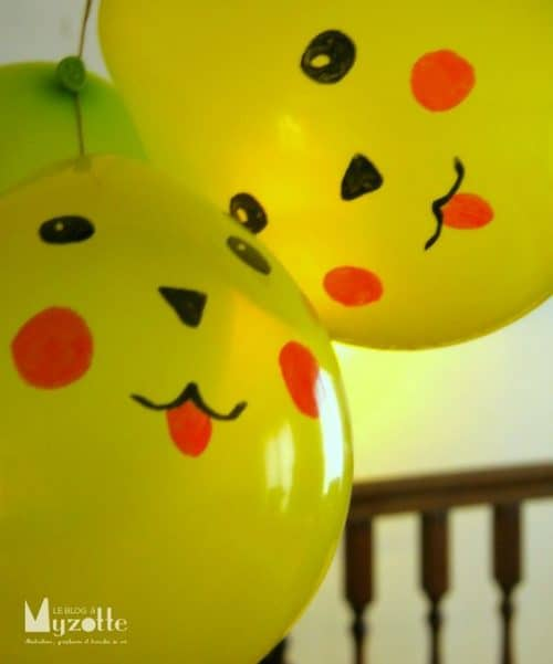 pichachu-yellow-balloons