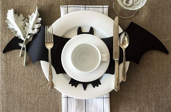 bat-place-setting