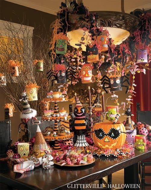 31 inspiring halloween mantles and tablescapes. Black Bedroom Furniture Sets. Home Design Ideas