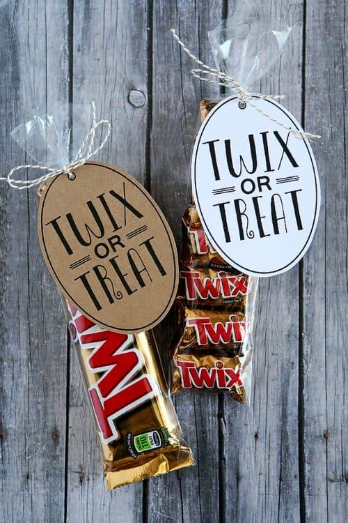 twix-or-treat-tags