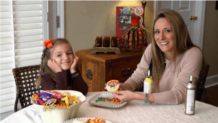 halloween-candy-thanksgiving-the-rachel-ray-show-2