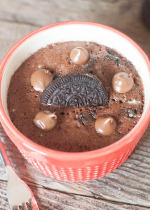 chocolate-oreo-mug-cake-recipe-sweettreatsmore-com-2