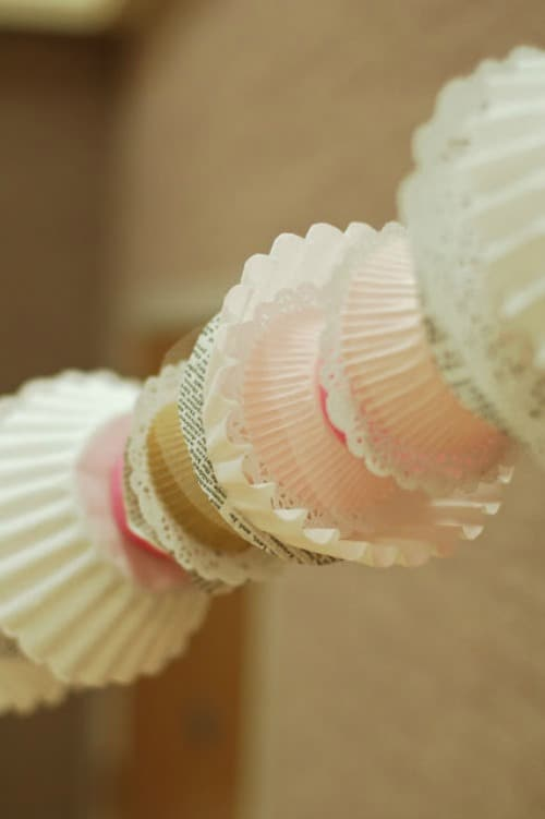 cupcake-liner-garland-larger