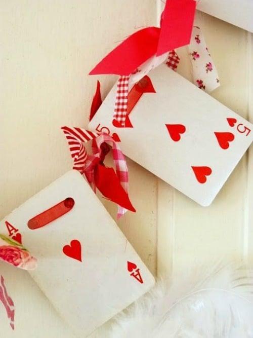 valentine-garland-larger