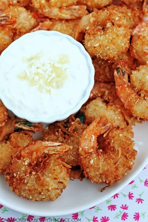 red-lobsters-parrot-bay-coconut-shrimp-with-pina-colada-sauce