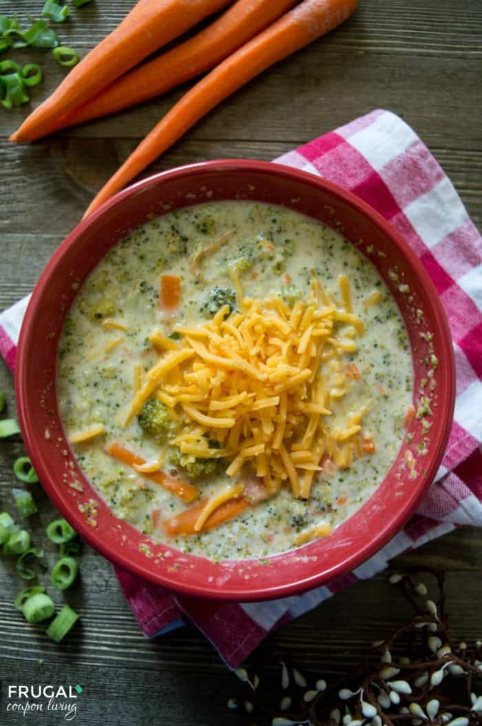 I mean who doesn't enjoy a favorite recipe you can replicate at home. Enjoy this Copycat Panera Broccoli Cheddar Soup in your own kitchen. We bet it will be a comfort food recipe you make over and over for the family! #panera #soup #souprecipe #panerarecipe #copycat #copycatrecipe #winter #fall