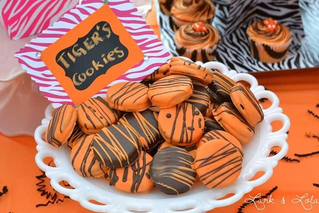 Tiger OREO cookies