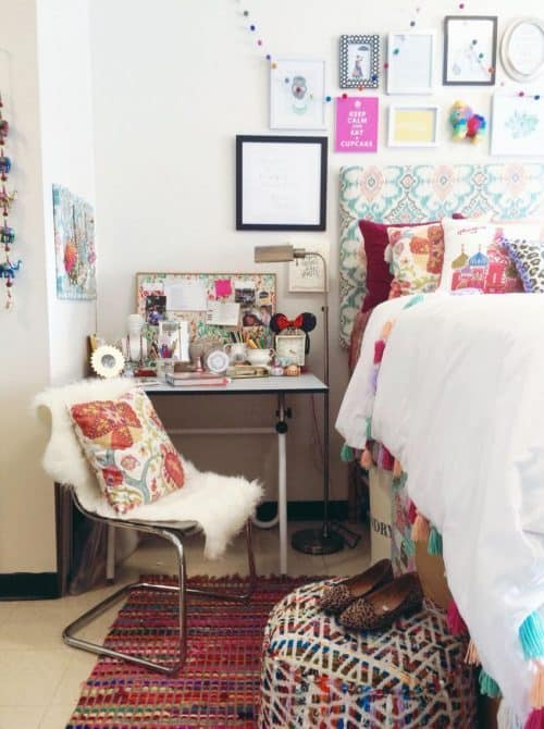 Bright College Dorm Room Decor Ideas